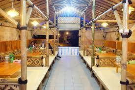 Rumah Makan Lembah Anai Masakan Padang yang Benar-benar Padang