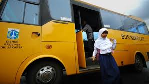 Pemkab Tangerang Rencanakan Bus Sekolah Guna Meminimalkan Kecelakaan