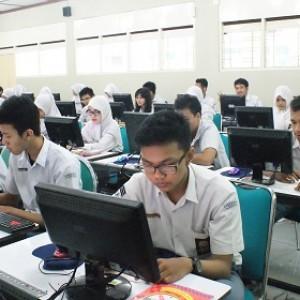 SMK Negeri 1 Tangsel  Tanggapi Positif Ujian Online