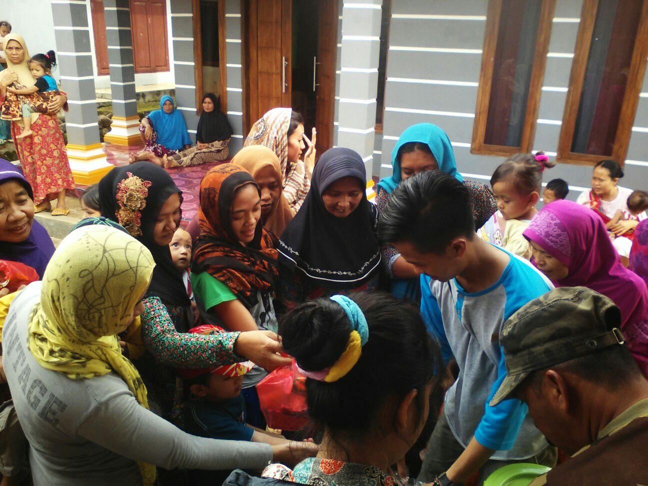 mahasiswa lebak banten bakti sosial