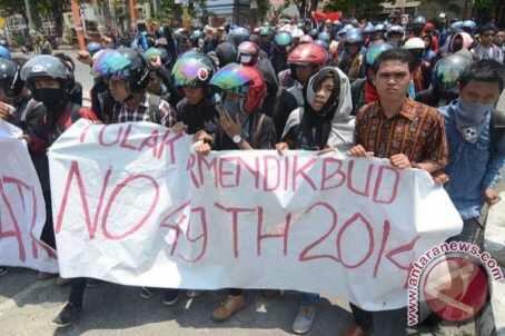 Mahasiswa UIN Syarif Hidayatullah Jakarta Desak Rektorat Agar Cabut Kebijakan Pembatasan Kuliah Lima Tahun