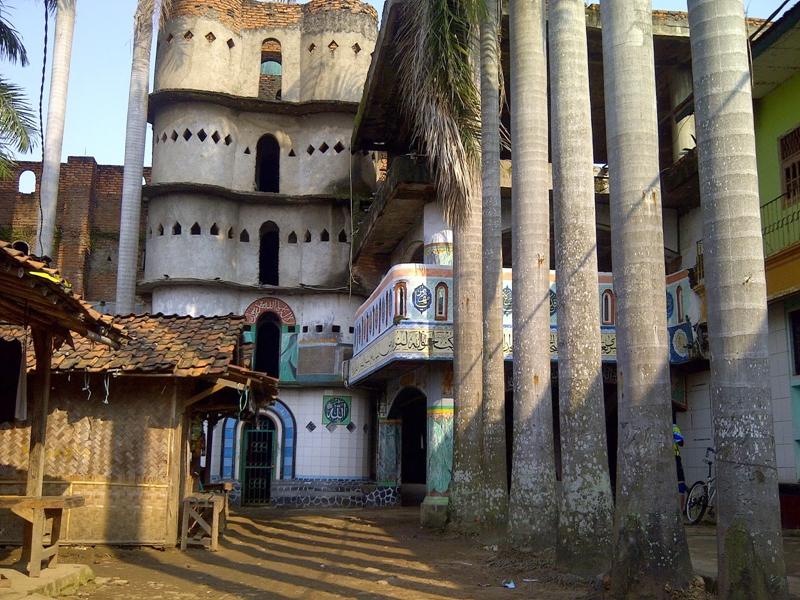 masjid seribu pintu kota tangerang