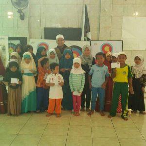 Santunan Anak Yatim di Masjid Ar Rahmah, Ciputat