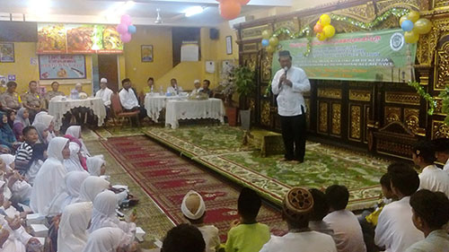 Resto Bale Ayu Cirendeu Peringati Maulid Nabi Muhammad SAW dan HUT yang Ke 3 dengan Santuni Dhuafa