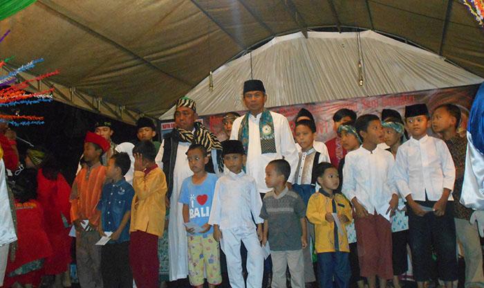 Rayakan HUT ke-16, Laskar Betawi Ciputat Santuni 100 Anak Yatim dan 25 Jompo