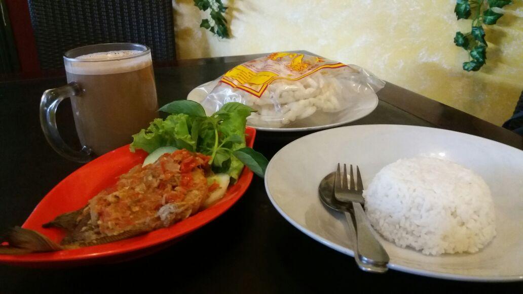 Racikan Bumbu Pecak Bawal Hosen's Culinary, Bangkitkan Selera Makan