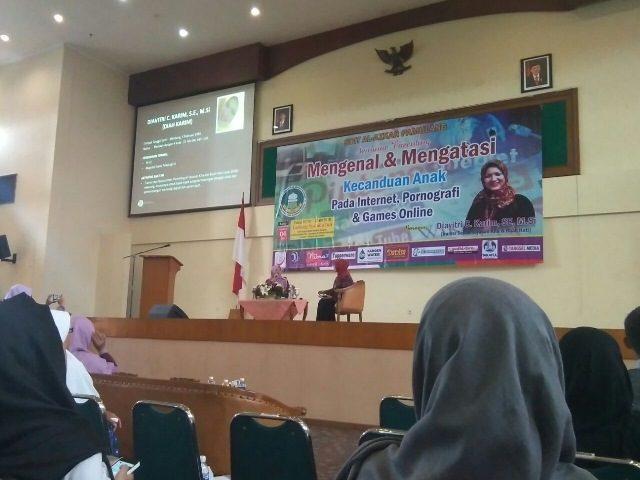 SDIT Al Azkar Pamulang Selenggarakan Seminar Parenting: Bahaya Gadget Bagi Anak