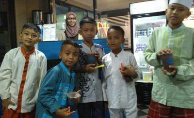 Anak Yatim Binaan ZIS Ar-rahmah Rempoa Potong Rambut Gratis