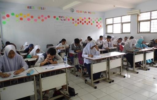 389 Murid SMP-MTs Ikuti Ujian Masuk Program PPDB MAN 1 Tangsel