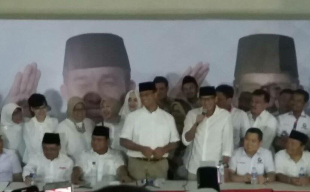 Anies-Sandi Menang dalam Pilkada DKI Jakarta Putaran Kedua, Prabowo Tersenyum Bahagia