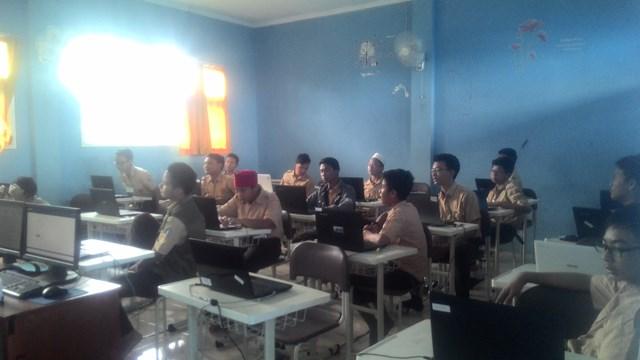 Pelaksanaan UNBK bagi Madrasah Tsanawiyah di Tangsel Berjalan Lancar
