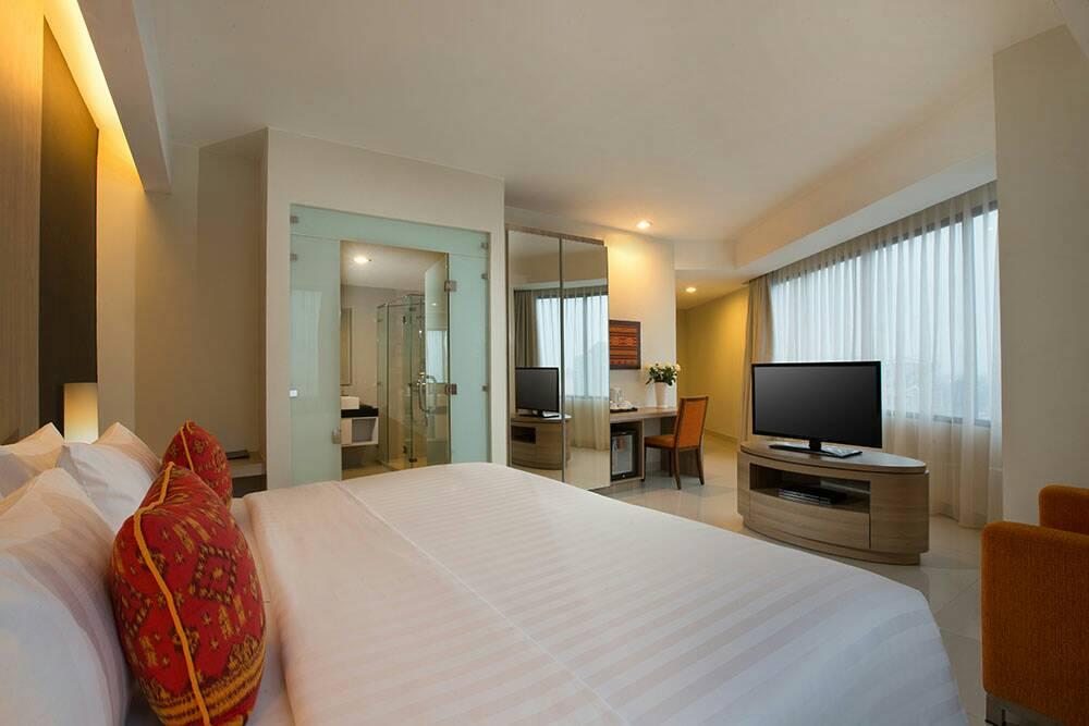 """Gak Balik Kampung"" ala Hotel Santika Premiere Bintaro"