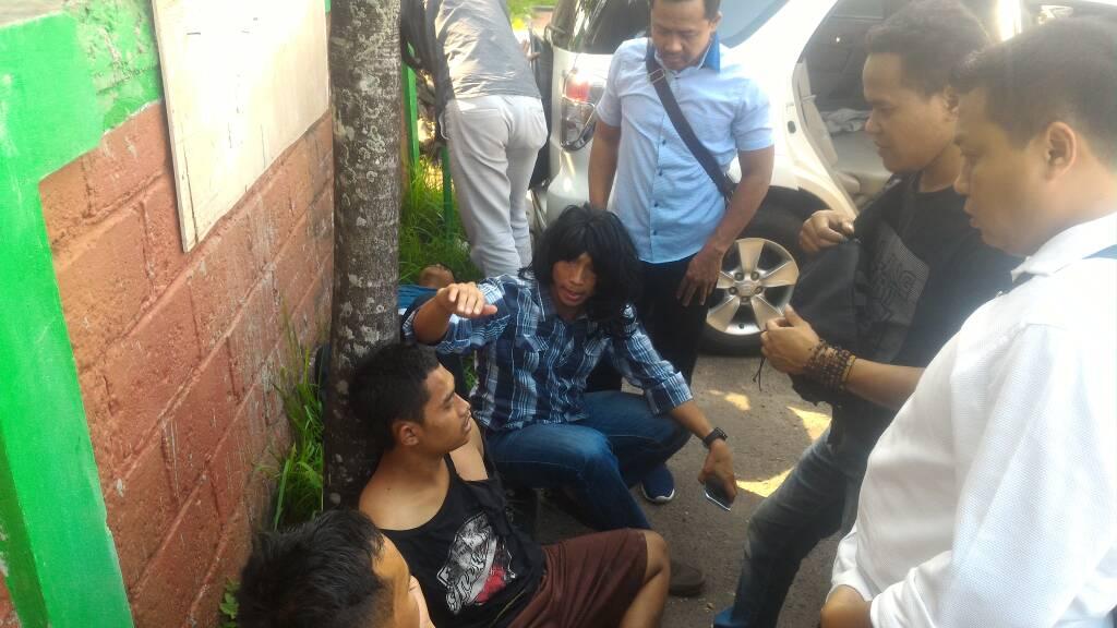 Aksi Penjambretan Tas di Ciater, 2 Orang Tersangka Berhasil Diamankan