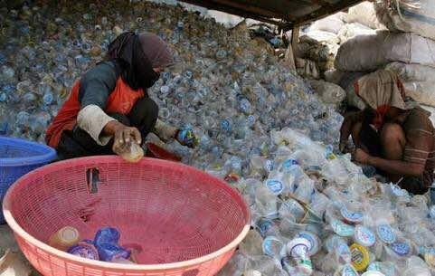 Kebutuhan Sampah Daur Ulang ke China Sebesar 5.500 Ton per Bulan