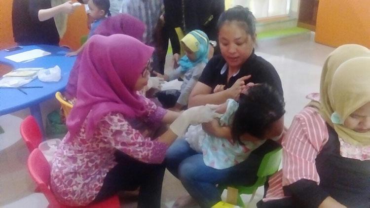 Sebanyak 150 Anak Lakukan Imunisasi MR di Little Sun Shine Day Care Bintaro