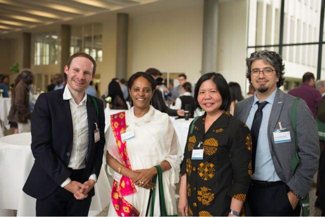 """Angkat Tema """"ASEAN Urban Network"""" Rektor UPJ Raih Award 2018 di Jerman"""