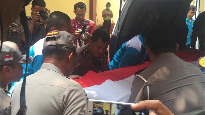 Korban Penembakan Polantas Jenazahnya Dimakamkan di Cirebon