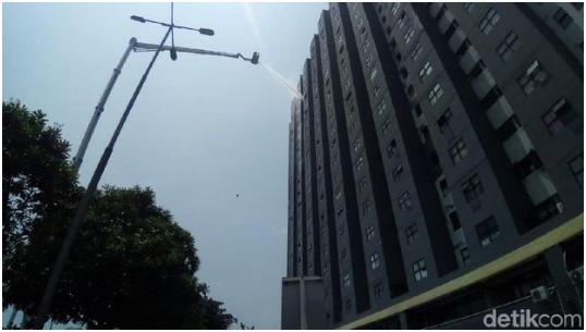 Terjadi Kebakarang di Lantai 25 Apartemen Laguna Pluit, 16 Pemadam Kebakaran Dikerahkan
