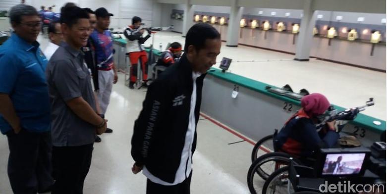Jokowi Meninjau dan Beri Semangat Latihan Kepada Atlet Asian Para Games 2018