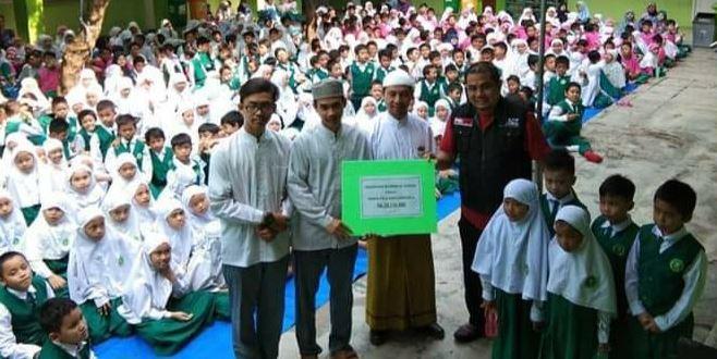 SIT Al Azkar Pamulang Launching Sekolah Peduli Kemanusiaan