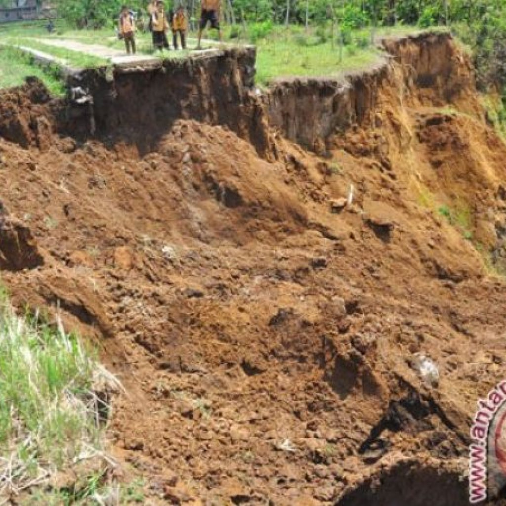 103 Desa/ Kelurahan Temanggung Berisiko Longsor