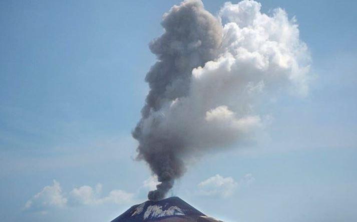 9 Kali Tremor Gunung Anak Krakatau