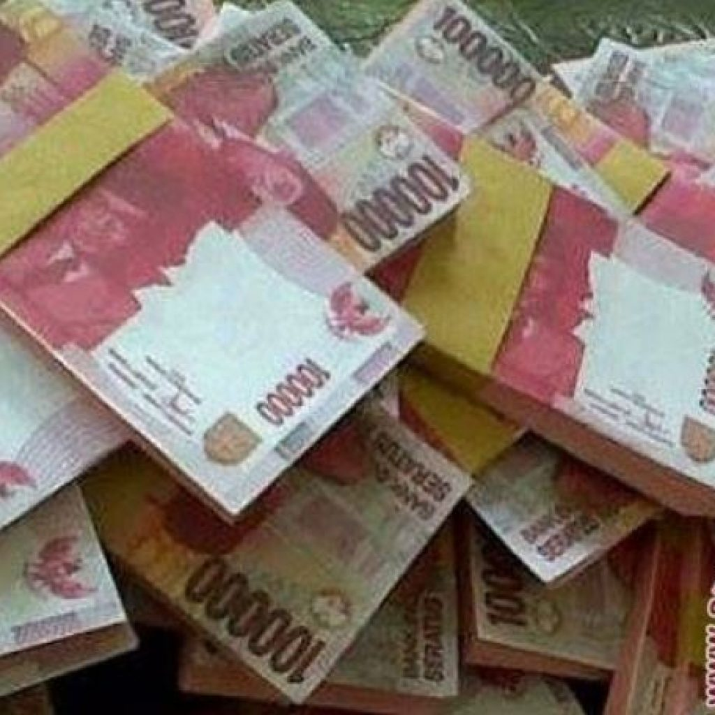 Rupiah Melemah Tipis, Tembus Sampai Rp 14.500
