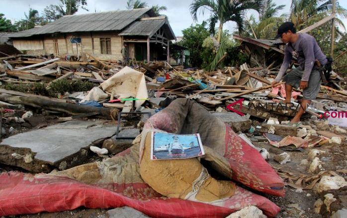2.923 Prajurit TNI Masih Menangani Korban Tsunami Banten-Lampung