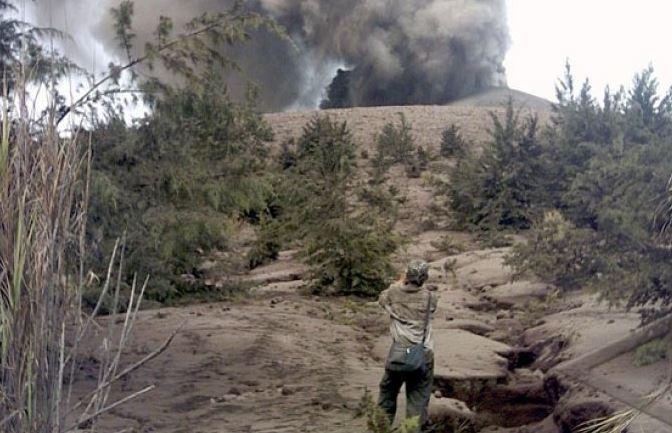 Gunung Merapi Anak Krakatau Mengalami Kegempaan Tremor Menerus, Kata PVMBG