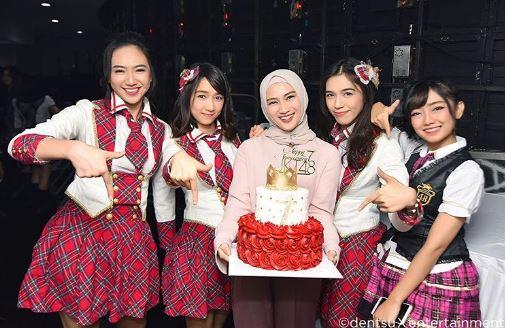 Keluar Dari JKT48 Langsung Nikah, Melody Dan Hanif Sempat Pacaran Diam-Diam?