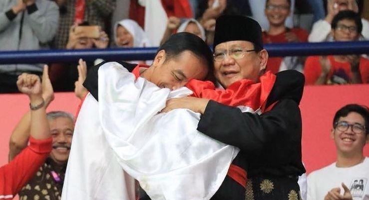 Ridwan Kamil Memposting Jokowi-Prabowo Sedang Berpelukan: Semoga Allah Jaga Indonesia
