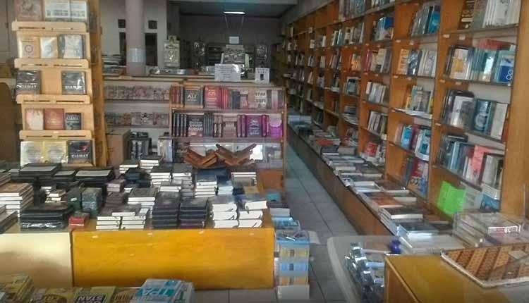Daftar Toko Buku di Tangsel Koleksi Terlengkap