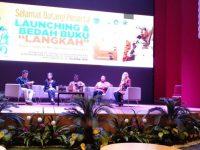 "Komunitas Magma Tangsel Launching Buku ""Langkah"" Bersama Airin"