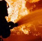 Kebakaran Rumah Terjadi Di Kampung Makasar Jakarta Timur Diduga Akibat Kebocoran Tabung Gas, 11 Mobil Pemadam Kebakaran Di Kerahkan Ke Lokasi