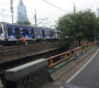 Kereta Rel Listrik (KRL) Anjlok di Palmerah Sedang Dievakuasi, Rel Dipakai Bergantian