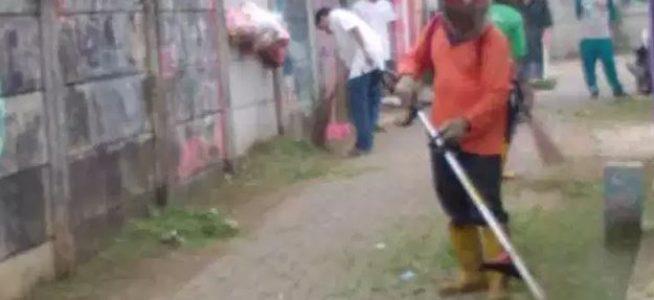 Kelurahan Kademangan Melakukan Kegiatan Kerjabakti Lingkungan
