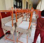 SDN Jatimulya 09 Bekasi Sudah Menerima Ratusan Meja Untuk Kegiatan Belajar-Mengajar, Akan Tetapi Belum Bisa Digunakan