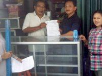 Pemerintah Kota Jaksel Mensalurkan Etalase Untuk Membantu Pedagang Kelontong