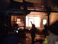 Kebakaran Hebat Yang Membakar Kelenteng Tri Dharma Sumbernaga Berangsur Padam