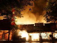 Kebakaran di Pasar Pon Trenggalek Sisakan Tanda Tanya Bagi Pedagang