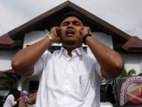 Saat Kumandangkan Adzan Korban Tsunami Pingsan