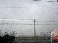 BMKG Menghimbau Waspadai Hujan ANgin Kencang Di Jakarta Pada Hari Ini