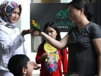 'Bird Talk' di Aviary Bintaro Sarana Seru Bermain dan Belajar