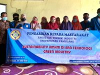 Mahasiswa Teknik Industri UNPAM Sosialisasikan Sustainability UMKM Di Era Teknologi Green Industry pada UMKM di Taman Wallet, Tangerang