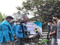 Mahasiswa Unpam Berikan Penyuluhan dan Demo Perawatan Karburator Pada Sepeda Motor