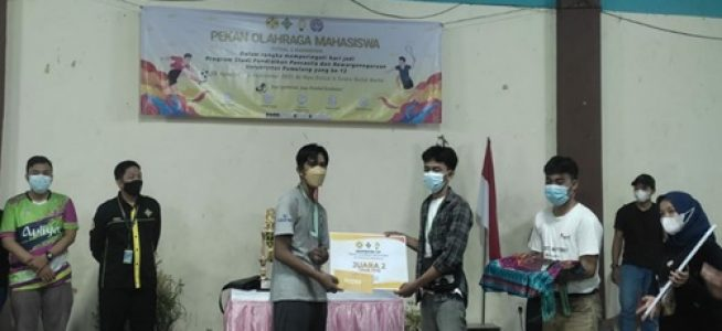 Mahasiswa Prodi Teknik Mesin Raih Juara 2 Kategori Tunggal Putra Turnamen Badminton Piala Rektor Universitas Pamulang
