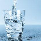 Terlalu Banyak Minum Air Putih Membahayakan