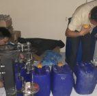 Di Pondok Aren Polisi Menggrebek Pabrik Miras Oplosan