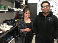 Meraup Omzet Jutaan Rupiah dari Bisnis Cuci Sepatu
