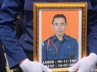 Petugas Pemadam Kebakaran yang Gugur Saat Tugas Dikenal Sebagai Sosok Yang Pedulu Keluarga